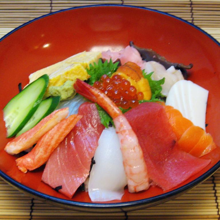 さいわい市場通信-かほる寿司_大名椀