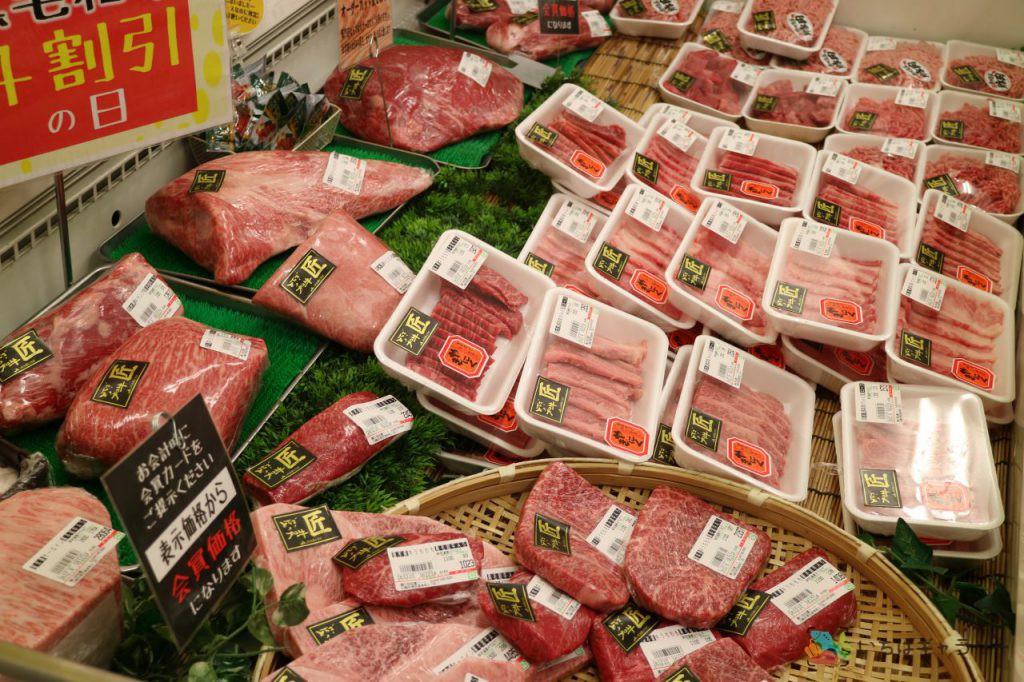 肉2のフリー素材(市場の写真)